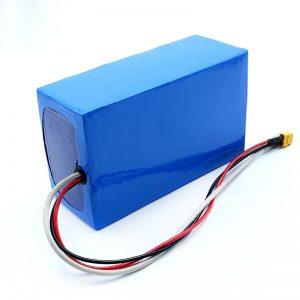 लिथियम रिचार्जेबल 36V 10Ah Li -on 18650 इलेक्ट्रिक स्केटबोर्ड बैटरी पैक