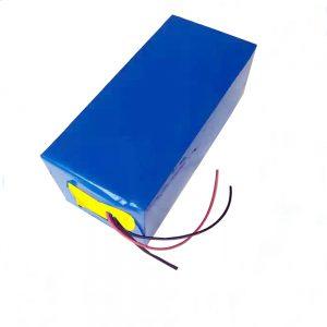 LiFePO4 रिचार्जेबल बैटरी 10Ah 12V लिथियम आयरन फास्फेट बैटरी प्रकाश / यूपीएस / बिजली के उपकरण / चमकदार बर्फ / मछली पकड़ने के लिए